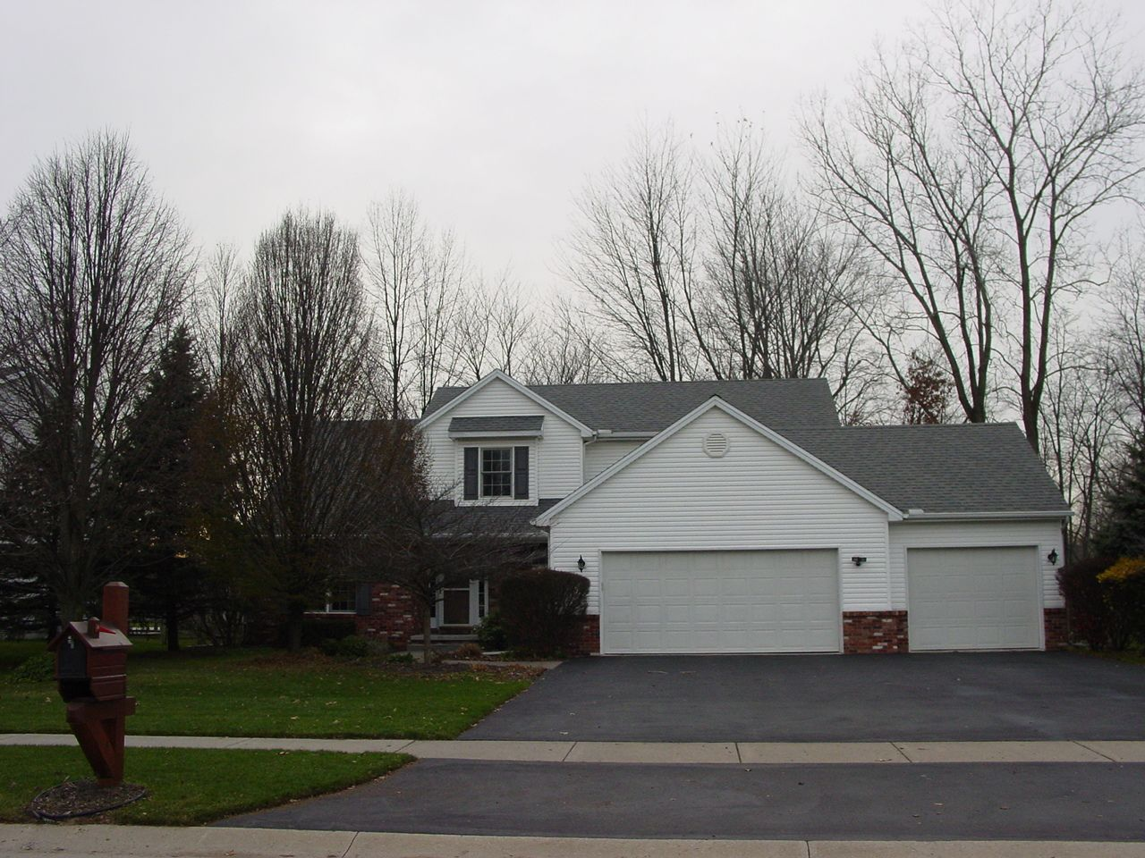 Holland Home, OH Real Estate Listing